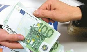 Προσοχή με τις τραπεζικές συναλλαγές τις μέρες του Πάσχα - Υπάρχει κίνδυνος να μπλέξετε