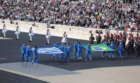 H Ολυμπιακή Φλόγα ξεκίνησε το παγκόσμιο ταξίδι της από το Καλλιμάρμαρο (photos)