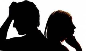 Χωρισμός για τραγουδιστή και ηθοποιό - Την σάπιζε στο ξύλο στην Βούλα