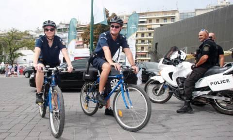 Ξεκίνησαν οι περιπολίες των αστυνομικών με ποδήλατα και στην Κέρκυρα