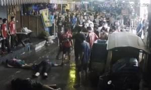 Βίντεο - σοκ: Άγριος ξυλοδαρμός οικογένειας στην Ταϊλάνδη (Σκληρές εικόνες)