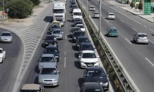 Πάσχα 2016: Αδειάζει η Αθήνα – Συνεχίζεται η έξοδος των εκδρομέων