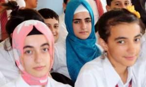 Τουρκία: Προσπαθεί να εντάξει τα προσφυγόπουλα της Συρίας σε τουρκικά σχολεία