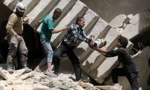 Τουλάχιστον 50 οι νεκροί από τον βομβαρδισμό του νοσοκομείου στο Χαλέπι