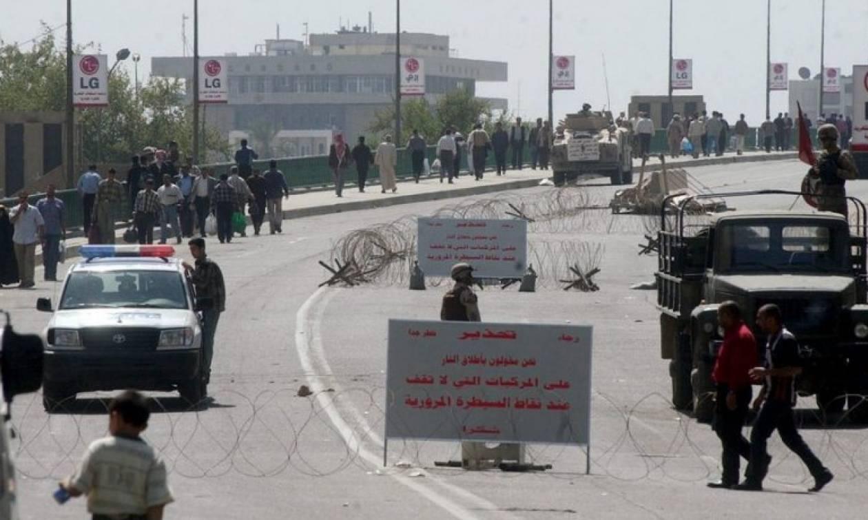 Βαγδάτη: Εισβολή χιλιάδων διαδηλωτών στο ιρακινό κοινοβούλιο