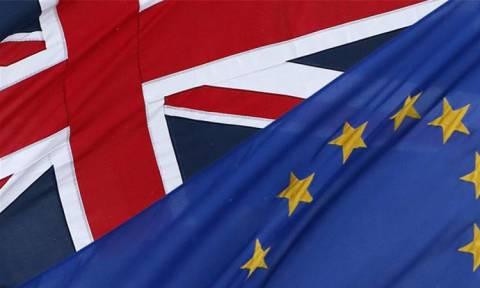 Δημοσκόπηση - Brexit: Ολοένα και περισσότεροι Βρετανοί τάσσονται εναντίον του