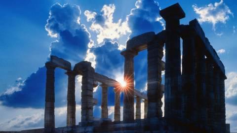 Χριστός Ανέστη Έλληνες και λύτρωση στις καρδιές όλων μας