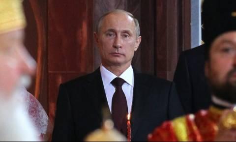 Путин поздравил православных и всех россиян с Пасхой