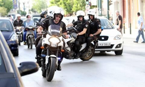 Θεσσαλονίκη: Ένας τραυματίας και μια σύλληψη από ανθρωποκυνηγητό με μοτοσυκλέτες