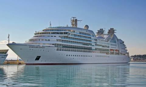 Χανιά: «Απόβαση» στο παλιό λιμάνι από επιβάτες κρουαζιερόπλοιου