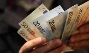Μυστική συμφωνία με τους δανειστές: Περικοπές μισθών-συντάξεων στο Δημόσιο