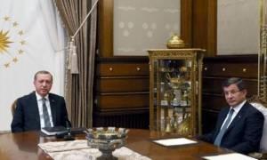 Ραγδαίες εξελίξεις στην Τουρκία: Θέμα ωρών η παραίτηση Νταβούτογλου