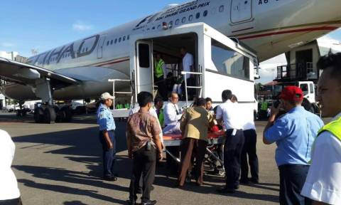 Πτήση - Θρίλερ: Τουλάχιστον 30 τραυματίες λόγω σφοδρών αναταράξεων (pics+vid)
