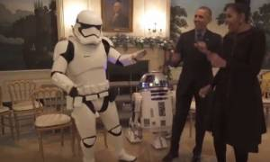 Ο ξέφρενος χορός των Ομπάμα με τους στρατιώτες του Star Wars! (vid)