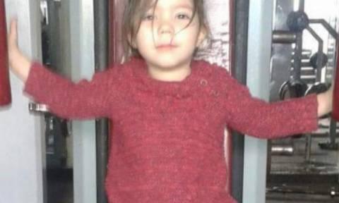 Η μικρή Μαρία θα παραμείνει στο νοσοκομείο - Την επισκέφτηκαν ξανά οι γονείς της