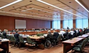 Eurogroup: Οι δανειστές θέλουν μέτρα και η Ελλάδα γραπτή δέσμευση για το χρέος