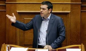 Ασφαλιστικό: Γεράματα αξιοπρέπειας με 384 ευρώ σύνταξη υποσχέθηκε ο Τσίπρας