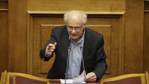 Άγριο επεισόδιο στην Βουλή: «Δεν ντρέπεστε» φώναζαν οι δικηγόροι