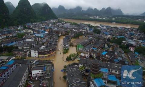 Κίνα: Στους 41 οι αγνοουμένοι από κατολισθήσεις - Εκατοντάδες εγκλωβισμένοι (vid)