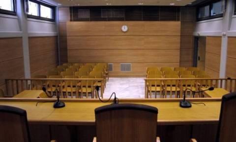 Συνεχίζουν έως και τις 14 Μαΐου την αποχή τους οι δικηγόροι