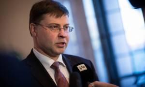 Eurogroup – Ντομπρόβσκις: Γρήγορα συμφωνία και… βλέπουμε για το χρέος