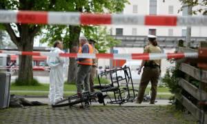 Αιματηρή επίθεση στο Μόναχο: Δεν σχετίζονται με το Ισλάμ τα κίνητρα του δράστη (Pics & Vids)