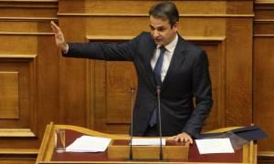 Μητσοτάκης: Η κυβέρνηση ανεβάζει μια κακόγουστη θεατρική παράσταση (video)