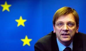 «Καταπέλτης» ο Φερχόφστατ: Μη ρεαλιστική η συμφωνία για την Ελλάδα