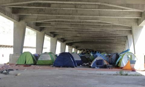 Λιμάνι Πειραιά: Λιγότεροι από 2.000 οι πρόσφυγες και μετανάστες