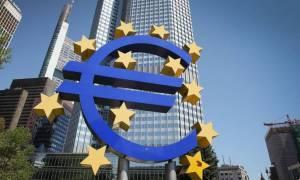 H ΕΚΤ θα κάνει ξανά αποδεκτά τα ελληνικά ομολόγα