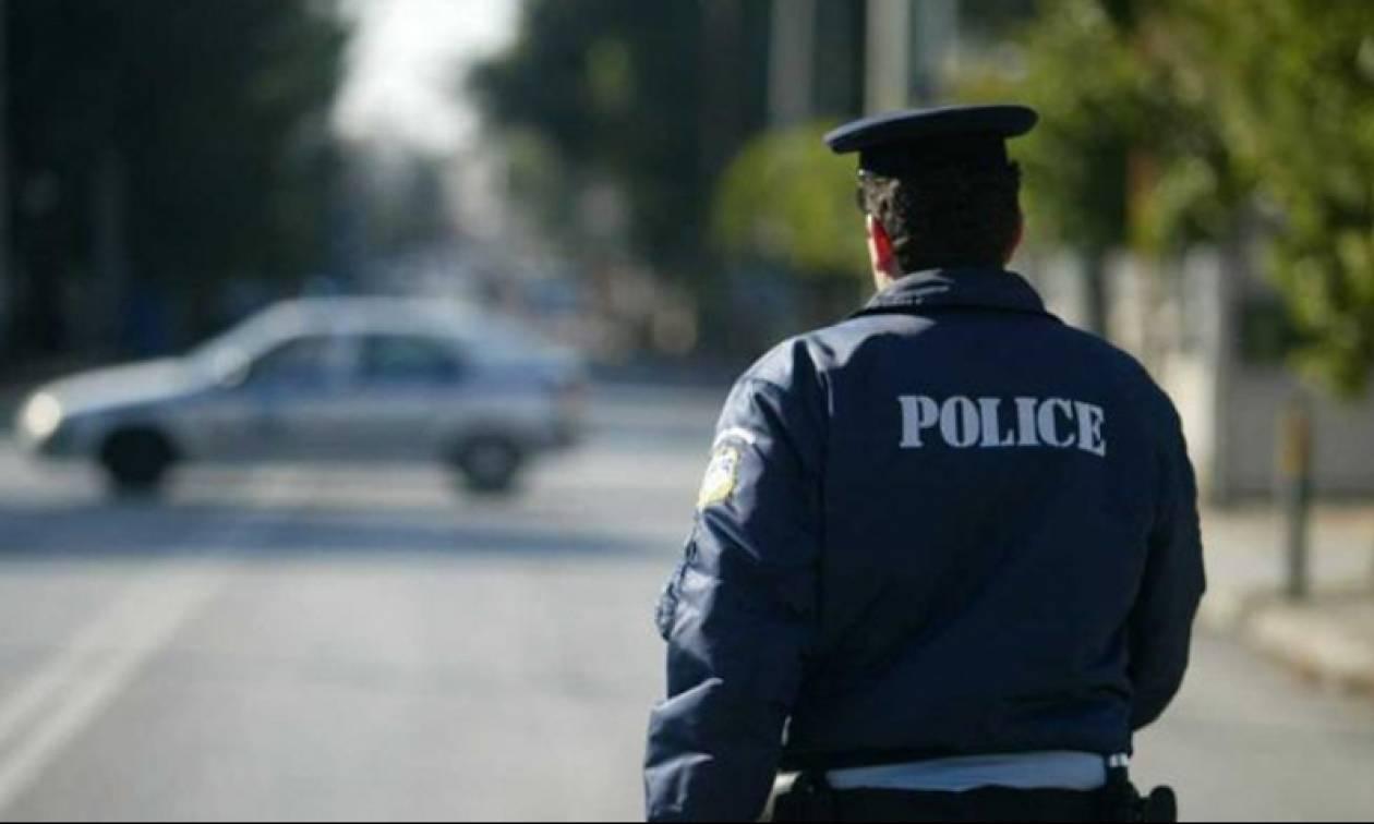 ΣΟΚ! Αυτοπυροβολήθηκε αστυνομικός μέσα στην Τροχαία Αττικής