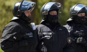 Γερμανία: Έρευνα σε 40 υπόπτους για τρομοκρατία που εισήλθαν στη χώρα ανάμεσα στους πρόσφυγες