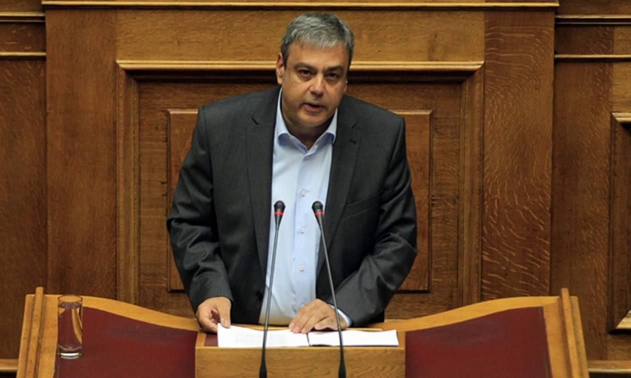 Κατηγορηματικός ο Βερναρδάκης: Δεν θα γίνουν μειώσεις μισθών