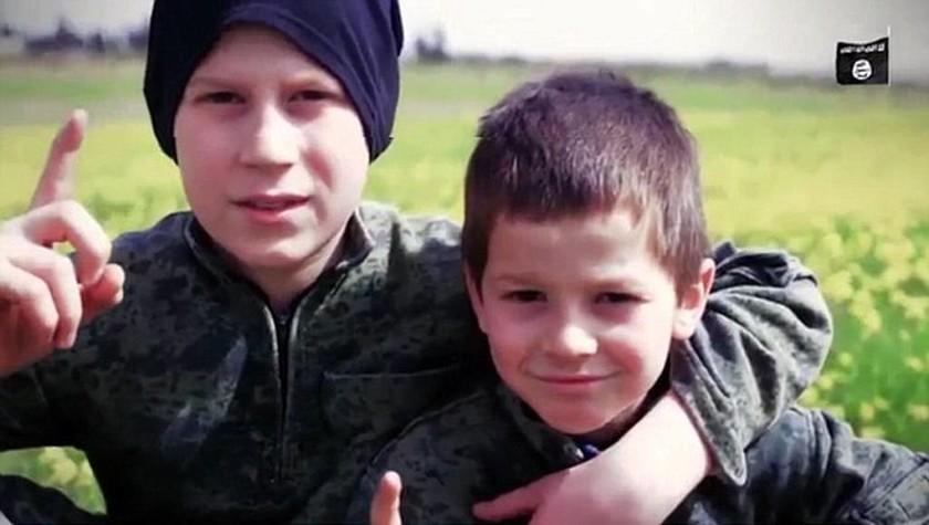 Φρίκη δίχως τέλος: Μικρά παιδιά εκτελούν ομήρους σε νέο σοκαριστικό βίντεο του ISIS
