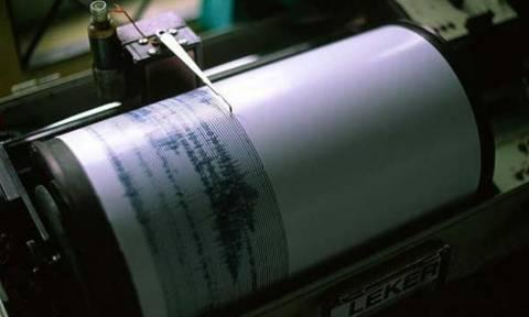 Ισχυρός σεισμός 6,7 Ρίχτερ έπληξε τον Ισημερινό