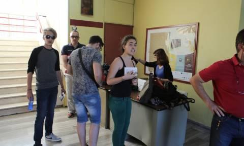 Πανελλήνιες 2016: Δείτε στο Newsbomb.gr τις απαντήσεις στα Αρχαία και Μαθηματικά Κατεύθυνσης