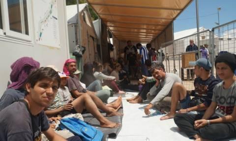 Χίος: Απεργία πείνας κατά των κλειστών συνόρων (vid)
