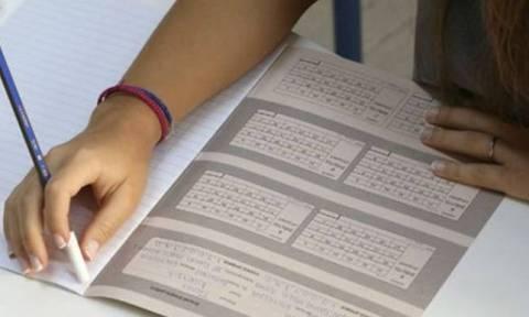 Πανελλήνιες 2016: Τα δύο περιστατικά που «σημάδεψαν» τη δεύτερη μέρα των εξετάσεων