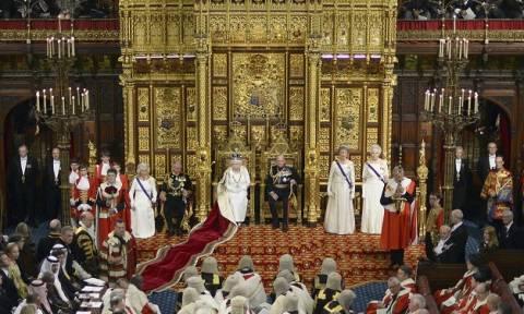 Το άρθρο της Sun που προκάλεσε σάλο: «Η βασίλισσα στηρίζει το Brexit»