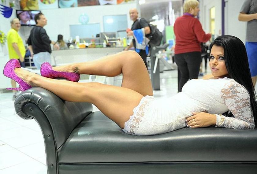 Σάλος στη Βραζιλία: Διέρρευσαν φωτογραφίες με ιερόδουλες πολυτελείας μέσα στη Βουλή! (videos+photos)