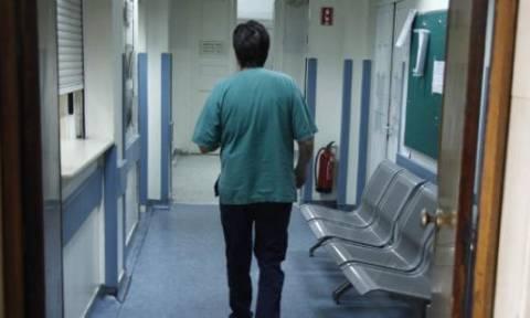 Αλεξανδρούπολη: Σε αργία ο γιατρός για «φακελάκι»