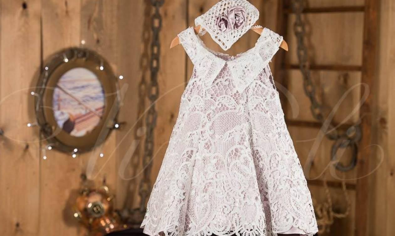 Γιατί βάζουμε στο μωρό λευκά ρούχα στη βάπτιση  - Newsbomb ... fe708bb4fac