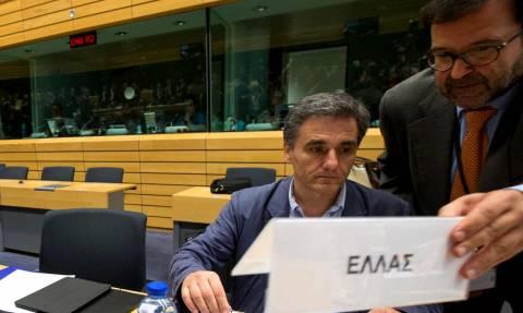 Με τα μάτια στραμμένα στο Eurogroup της Τρίτης οι διεθνείς επενδυτές