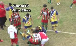 Σοκ! Ποδοσφαιριστής πέθανε στο γήπεδο από γροθιά στο κεφάλι! (video)