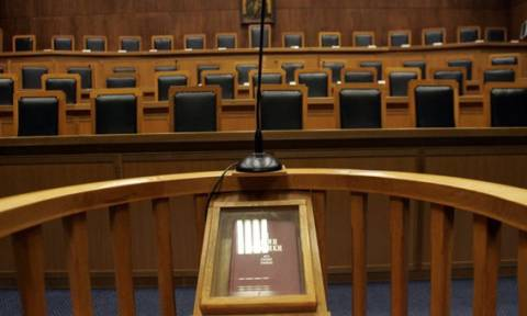 Παραπομπή σε δίκη για 110 άτομα που εμπλέκονται σε «παραδικαστικό κύκλωμα» ζητεί εισαγγελέας