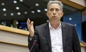 Χρυσόγονος: Η Ελλάδα έχει καταστεί «δοσομανής» χώρα