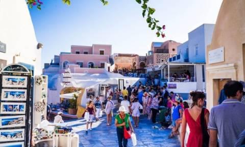 Εκτοξεύθηκαν κατά 500% οι αφίξεις Ρώσων τουριστών στην Ελλάδα
