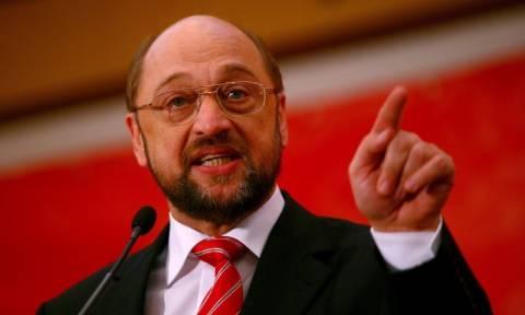 Μάρτιν Σουλτς: Yπό ευρωπαϊκή αμφισβήτηση η κατάργηση της βίζας για Τούρκους πολίτες