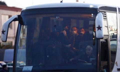 Οργή για τον Τούρκο που αυνανίστηκε πάνω σε κοιμισμένη επιβάτιδα λεωφορείου (Vid)