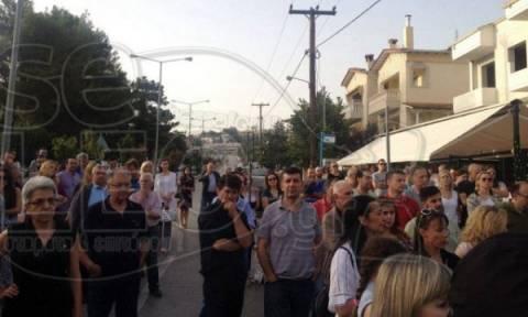 Ωραιόκαστρο: Συγκέντρωση διαμαρτυρίας ενάντια στη δημιουργία νέων δομών φιλοξενίας προσφύγων